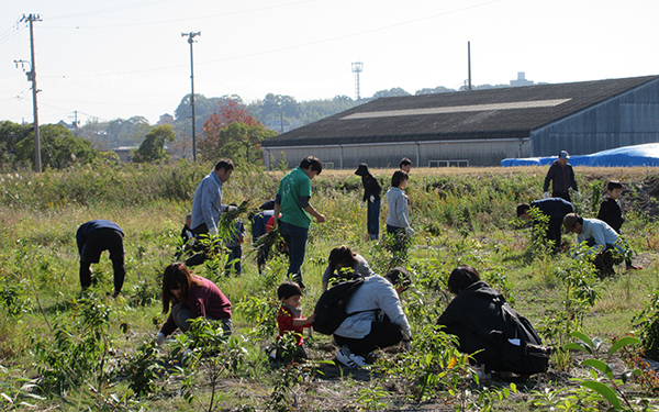 Planting Event in the Aichi Steel Nakashinden Green Area